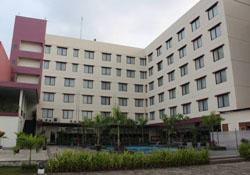 (1) Citra Grand Hotel Karawang