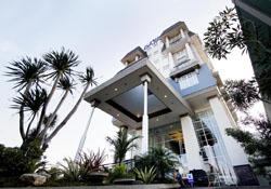 (1) Dafam Hotel Semarang