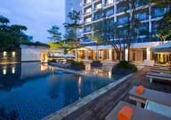 (1) Delonix Hotel Karawang