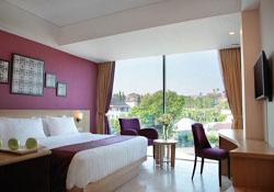 (1) Grand Edge Hotel Semarang