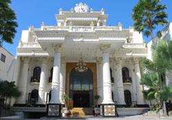 (1) Grand Palace Hotel Malang