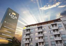 (1) Loji Hotel Solo