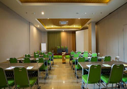 Meeting Room Maxone Malang