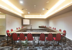Meeting Room Cabin Hotel Jakarta